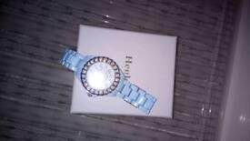Women's blue Henleys watch