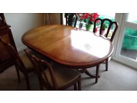 Dining Table and 4 chairs dark wood (Meredew)