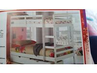 Bunk bed with storgre