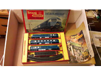 Triang Hornby RS52 Blue Pullman Train Set (1960s)