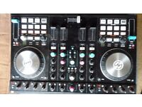 Traktor S4 Mk2 + MDJ Carry bag/Case