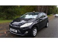 2010 Ford Fiesta titanium 1.6 tdci 5 door hatchback
