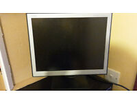 NEC 15 INCH LCD MONITOR - LCD 1560NX BK - HEIGHT ADJUSTABLE