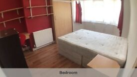 Bright Double Bedroom for Single use in Wembley