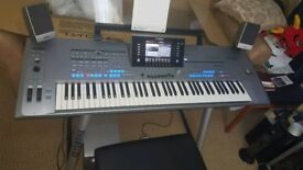 YAMAHA TYROS 5 KEYBOARD 76 KEYS WITH EXPANSION MEMORY