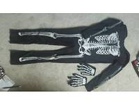 Skeleton outfit age 7-8