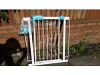 Mothercare toddler baby child safety gate