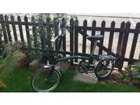 Brompton M6L British Racing Green folding bike Good condition 500 ukp or near offer