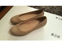 Clarks Casual Shoe- UK size 4