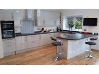 Carpenter/kitchen fitter