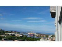 Beautiful, 870sqft Apartment on Coast