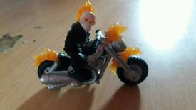 Marvel super heroes squad ghost rider action figure & motorbike great condition