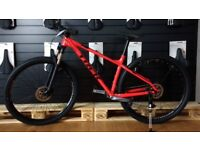 TREK XCALIBER 7 2018 IN RED MINT CONDITION (NO TIME WASTERS)