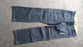 Henleys Jeans 32 R