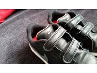 Bargain Toddlers nike trainers