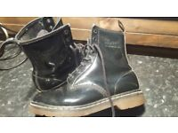 Dr Martians boots in used condition! 6 uk Can deliver or post!