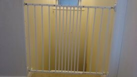 BabyDan Multidan Extending Metal Safety Gate (white) - Two for sale
