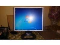 "Hyundai 19"" Inch, Fully Working Square Flat Screen PC Monitor with Power Cord and VGA Cable + MORE"