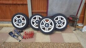 "17"" alloys with 4 new tyres 225/45/17"
