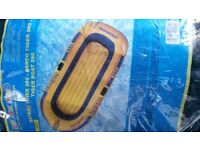 tiger boat dinghy 280 2 oars & 12vdc electric inflator/deflator