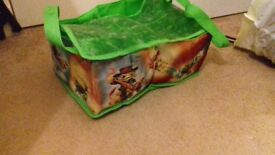 Skylanders carry case - great condition - only £5!