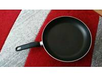 Tefal large cooking pan