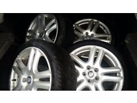 Jaguara Volvo Mondeo mk3 18 inch Alloy wheels with tyres Pirreli P ZERO 225 40 18. Pcd 5x108.
