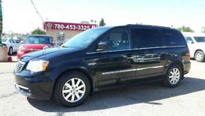2015 Chrysler Town & Country Touring-L Leather, Sto N Go, Factor