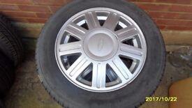 ford fiesta, ka alloy whells x 4 pirelli tyres 175 65 14