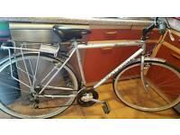 """Raleigh Pioneer Jaguar mens 20"""" frame hybrid bike."""