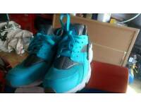 Nike air huaraches 6