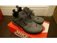 Size 10 box fresh Nike