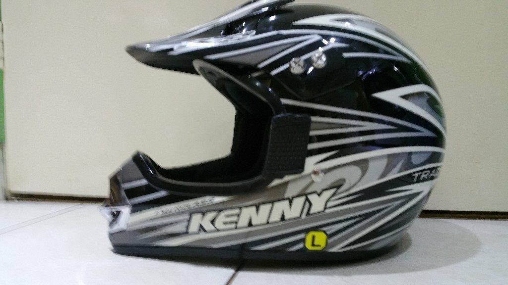 Kenny track size large in good condition!Can deliver or post!
