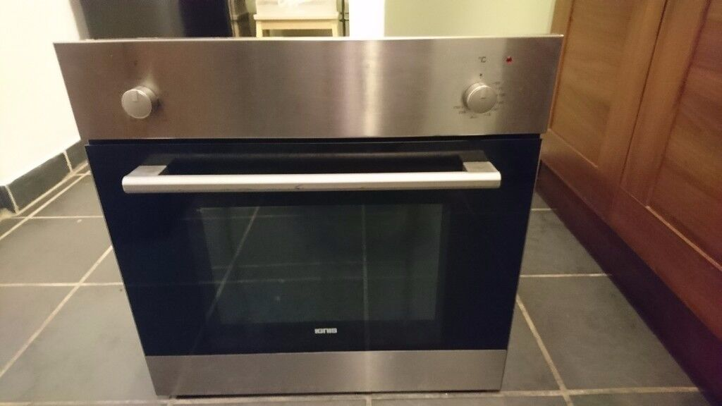 Single electric oven ignis used but still in good working order.