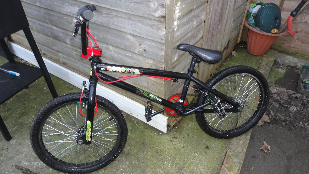 BMX Felt4 PegsMint conditionDirtStreetin Croydon, LondonGumtree - Used Felt bike in mint condition (no scratches etc.) it comes with all 4 pegs (disassembled)