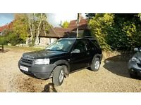 Black 2.0 Td4 ES 3 Door. Heated Leather Seats Automatic Diesel. Towbar. Sunroof. Good Condition