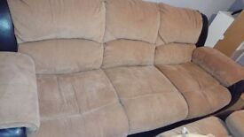 3 & 2 SEATER RECLINER SOFA