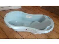 FREE toys R us baby bath