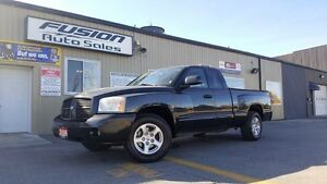 2006 Dodge Dakota SLT-SPORT-V8- LOCAL TRADE-LOADED