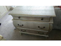 Light Gold Chest of Drawers