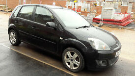 Lovely Ford Fiesta 1.4 petrol, automatic