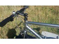 Ridgeback Flight 02 Hybrid road and off rd bike