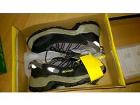 steel toe capped shoes size 5