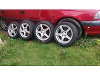 15 inch fox racing Alloys with tyres 4 stud 4 × 100. Corsa Astra ( 4stud ) Polo Lupo yaris corrolla