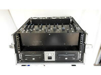 Denon Pro DJ CD MP3 Player + Denon Mixer + flight case & cables