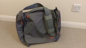 STM Velo2 shoulder bag with laptop compartment - brand new