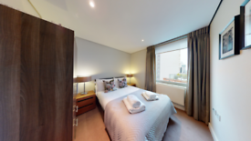 3 bedroom flat in Merchant Square, East Harbet Road, b, London W2