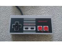 ## OFFICIAL NINTENDO NES CONTROLLER NES-004E - Mint Condition ##