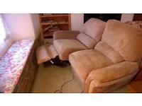 Powered recliner sofa