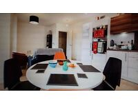 Hire desk space during the day in this home in Bromley-by-Bow